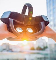 バーチャルリアリティ (VR)